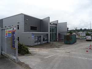 External shot of Farnell Leeds Dealership