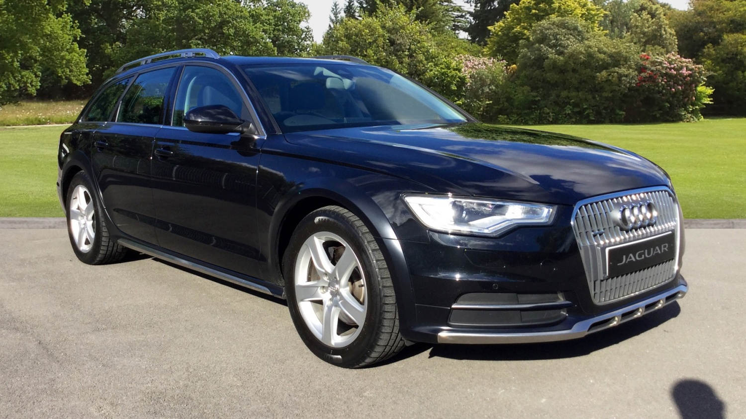 used audi a6 allroad 3 0 tdi quattro 245 5dr s tronic diesel estate for sale farnell jaguar. Black Bedroom Furniture Sets. Home Design Ideas
