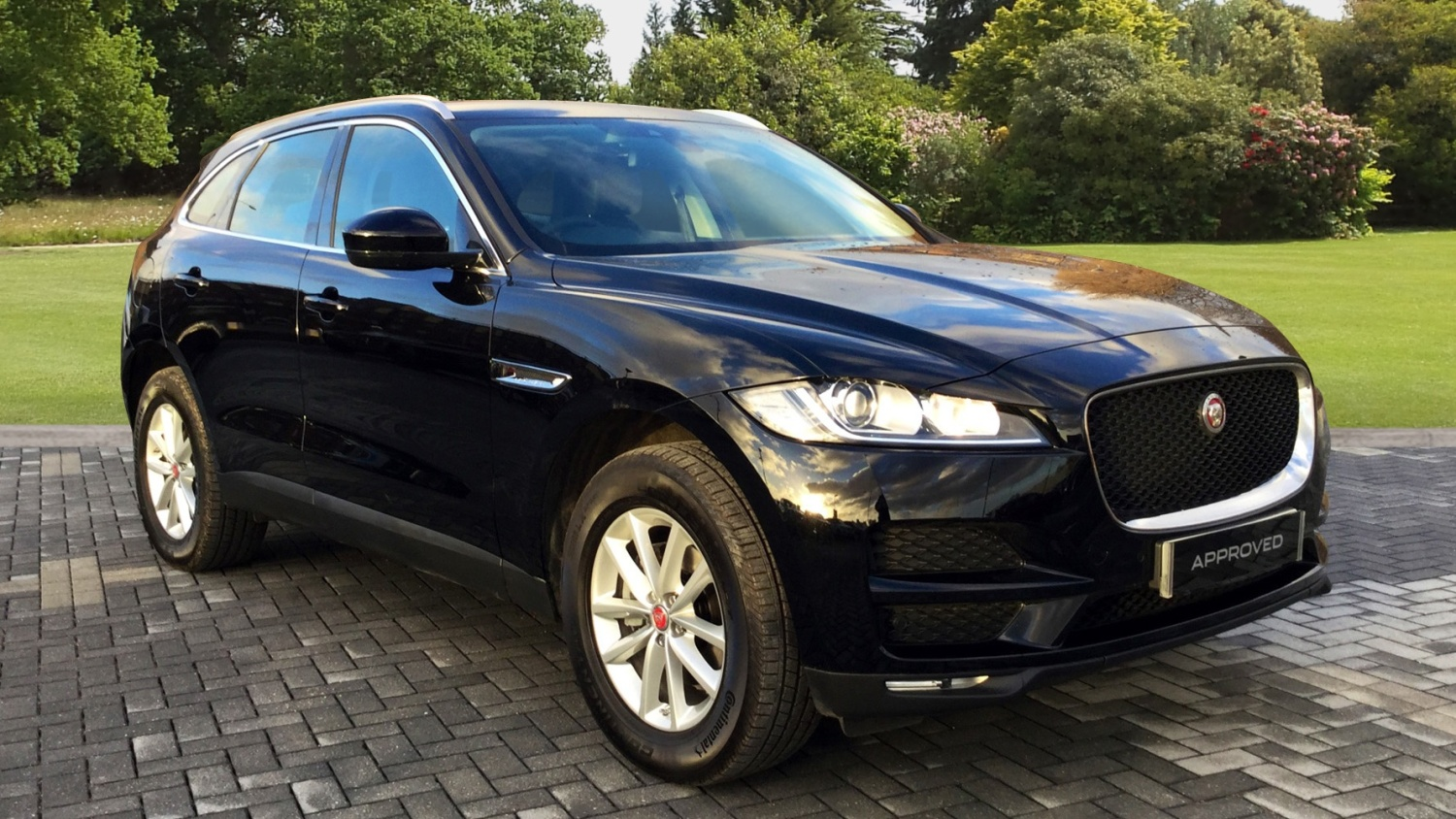 used jaguar f pace 2 0d prestige 5dr diesel estate for. Black Bedroom Furniture Sets. Home Design Ideas