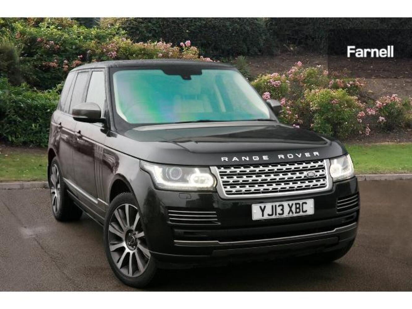 used land rover range rover 4 4 sdv8 vogue 4dr auto diesel estate for sale farnell jaguar. Black Bedroom Furniture Sets. Home Design Ideas